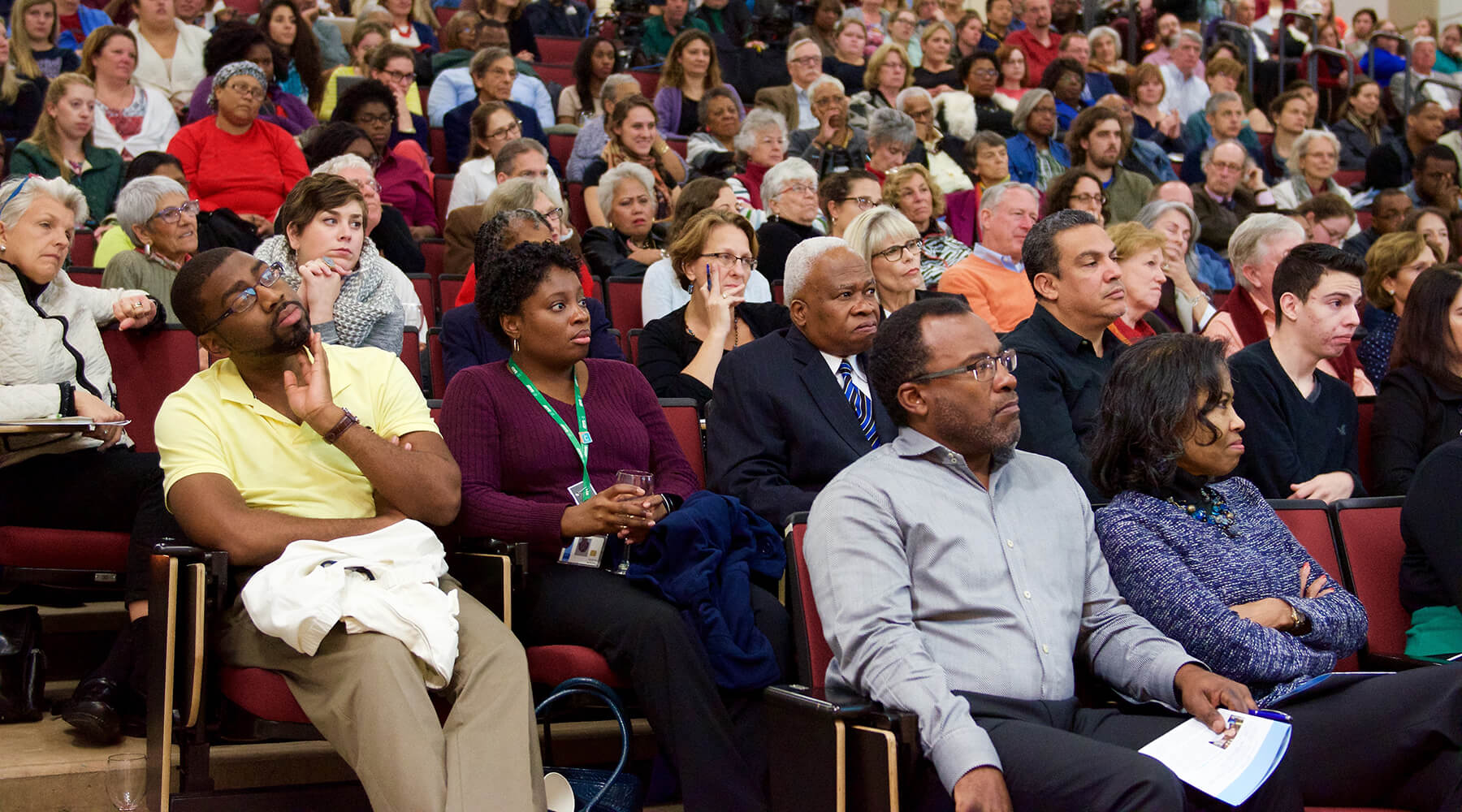 crowd at Personally Speaking lecture