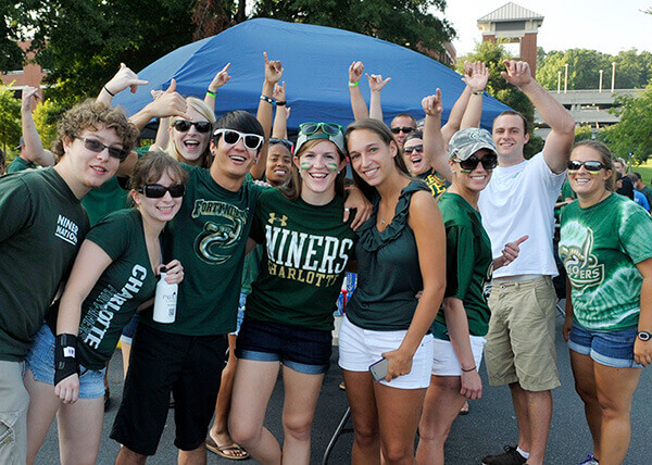 students tailgating